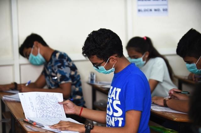 Η χρήση της μάσκας ακόμα μια αφορμή για σχολικό εκφοβισμό. Γιατί;